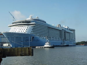 Quantum_of_the_Seas_at_Meyer_Werft