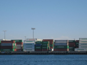 800px-Long_Beach_container_port_2